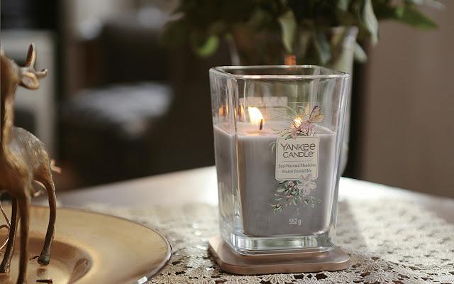 Mały powrót w piękny, wiosenny dzień - Sun-Warmed Meadows Yankee Candle - Czytaj więcej »