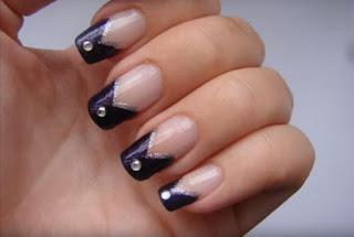 decoracion de uñas, piedras brillantes