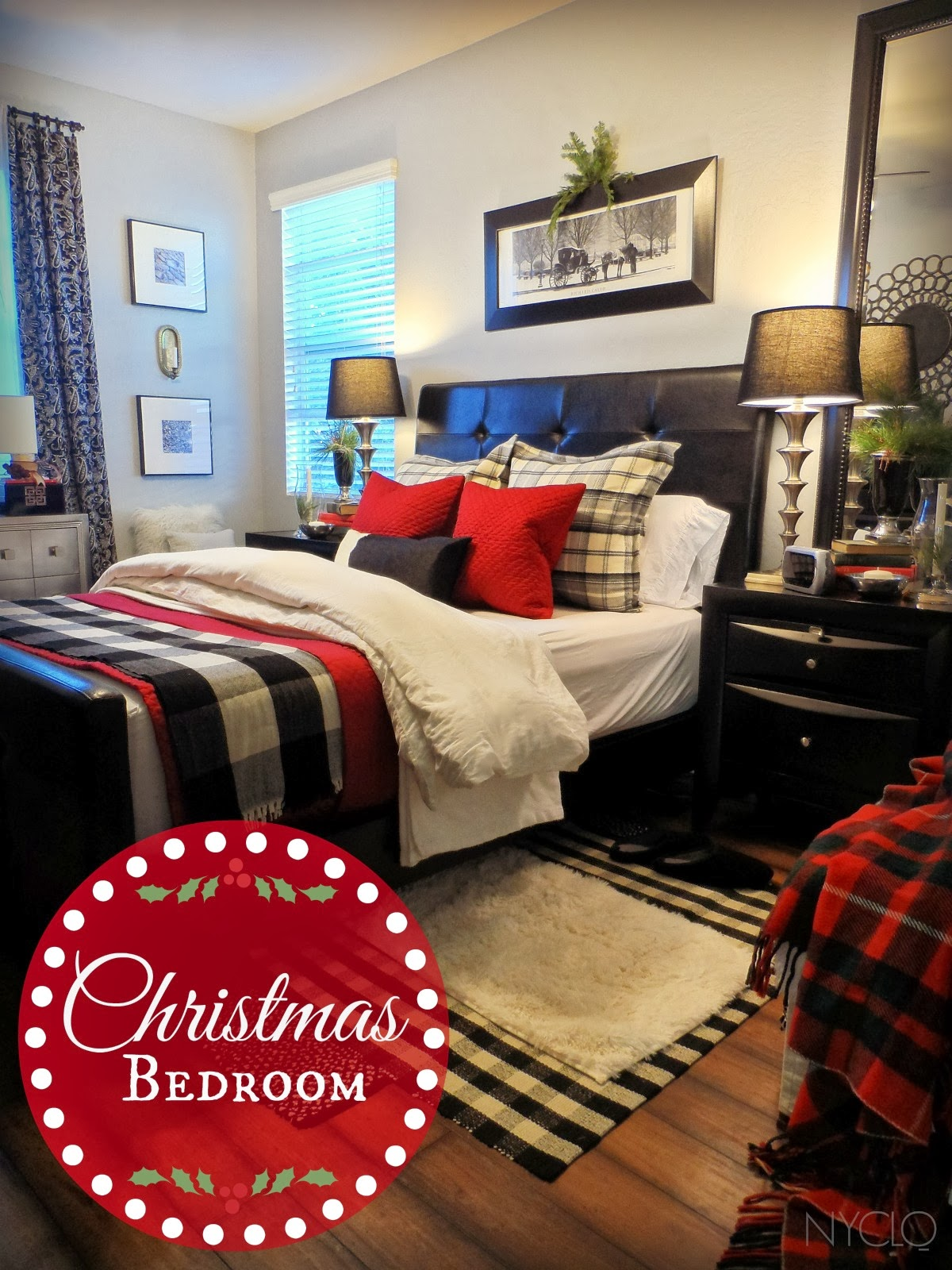 In The Bedroom Or The Couch: FOCAL POINT STYLING: CHRISTMAS BEDROOM WITH LAYERS OF