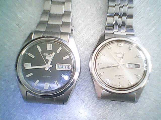 101ef7f9833 Relógios Seiko automático antigo. Esses dois relógios Seiko são de minha  coleção. Totalmente revisados