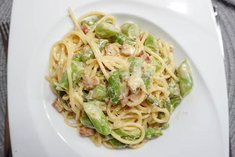 Pasta mit Speck, Spargel und Parmesan