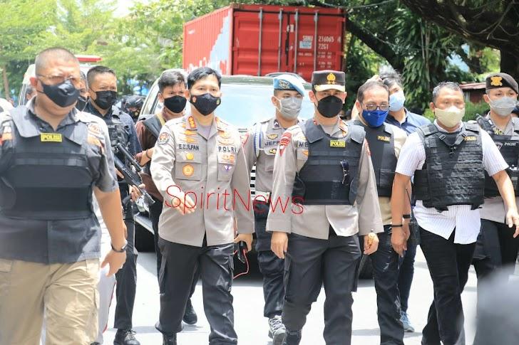 Kapolda Sulsel, Tinjau Ledakan Bom Depan Gereja Katedral Makassar