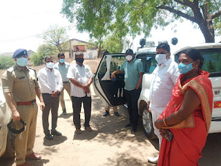 जनप्रतिनिधियों ने कलेक्टर से की शिकायत, भारूडपुरा के डॉक्टर समय पर नहीं रहते मौजूद