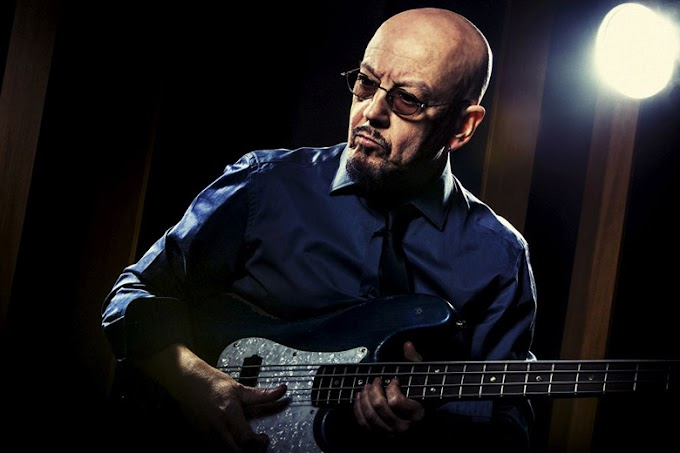 ENRICO RUGGERI e la sua band dal 14 agosto in tour