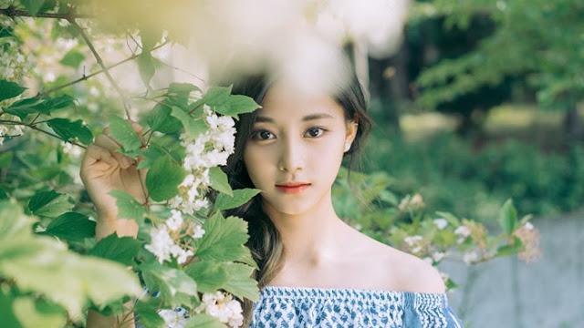 Foto Artis Cewek Korea Tercantik Tahun Ini