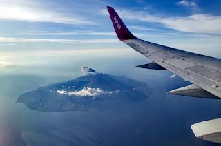 El vuelo de Bali a Flores es alucinante.