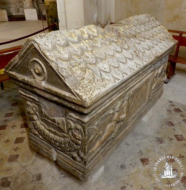 BOURG-SAINT-ANDEOL (07) - Tombeau de Saint-Andeol