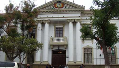 Gobernación de Tarija requiere unos Bs 900 millones para cubrir deudas