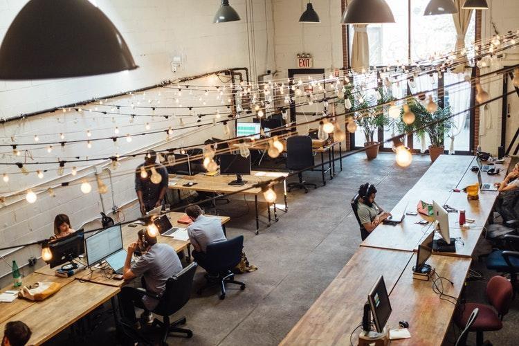 Orientasi dan Pelatihan Bagi Karyawan Baru
