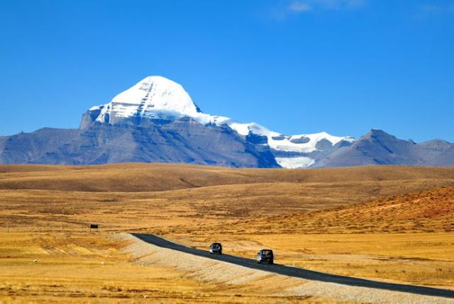 西藏阿里神山聖湖14日