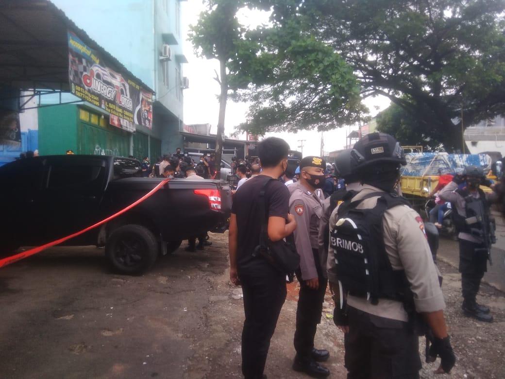 Tim Densus 88 Antiteror Geledah Rumah Terduga Teroris di Kabupaten Bekasi
