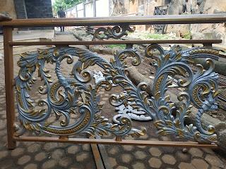 desain tangga balkon klasik