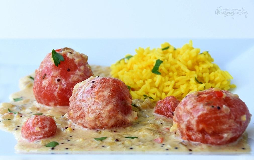 Curry z pomidorów w mleczku kokosowym