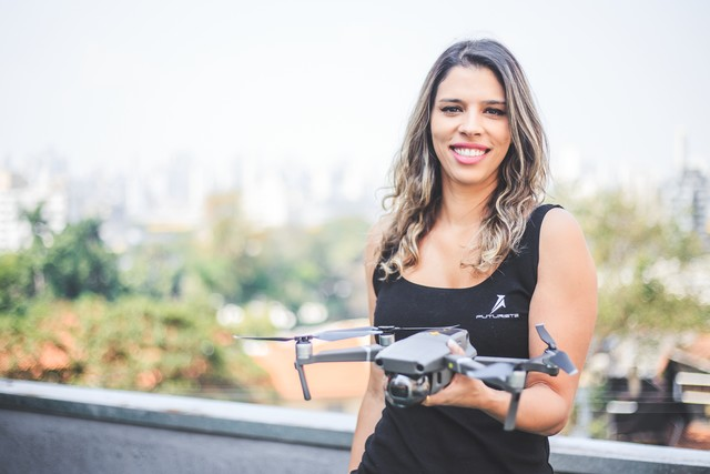 Raquel Molina é a primeira da américa latina a receber o prêmio Women To Wach Global Awards, referência mundial do mercado de Drones