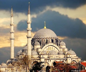 Menengok Mahakarya Masjid Selimiye di Edirne
