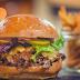 Pengen Makan Burger Gratis Seumur Hidup? Di Restoran ini Bisa Loh!