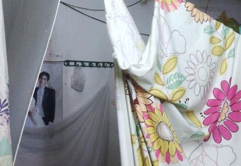 """Kể chuyện làm dâu ở phố cổ: Vợ chồng đang """"ân ái"""" thì em chồng đi chơi về chui vào ngủ cùng"""