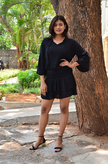 hebah patel latest hot stills 2017