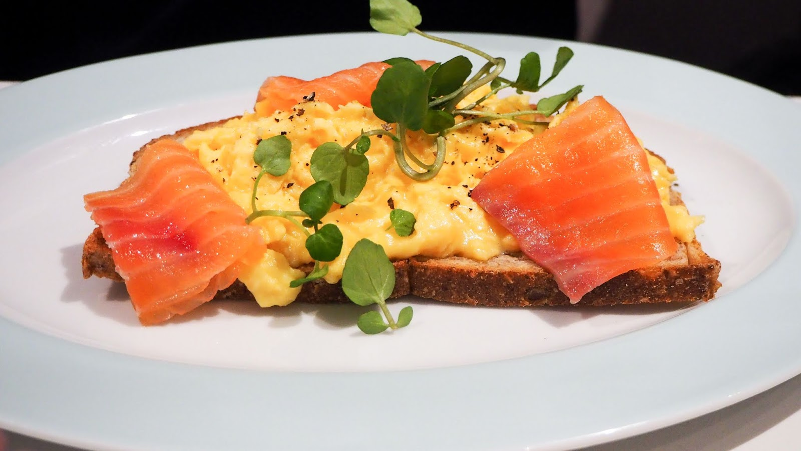 smoked salmon & scrambled eggs on toast