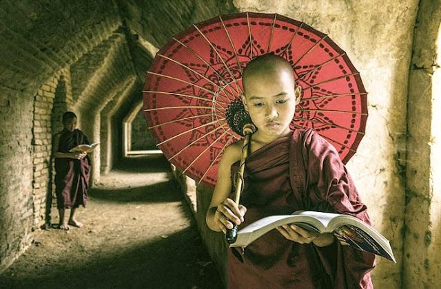 Lời Phật dạy: Chỉ ai phước đức hơn người mới có duyên gặp gỡ 4 người bạn tốt này