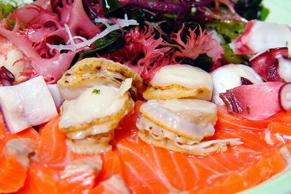 Sashimi De Salmon Marinado