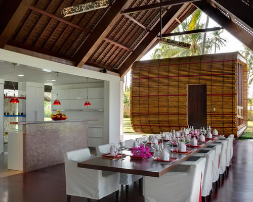 Tinuku Villa Sapi in Lombok Island designed by David Lombardi to blend ethnic and contemporary literature style