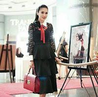 Biodata Sandra Dewi pemeran Ibu Peri