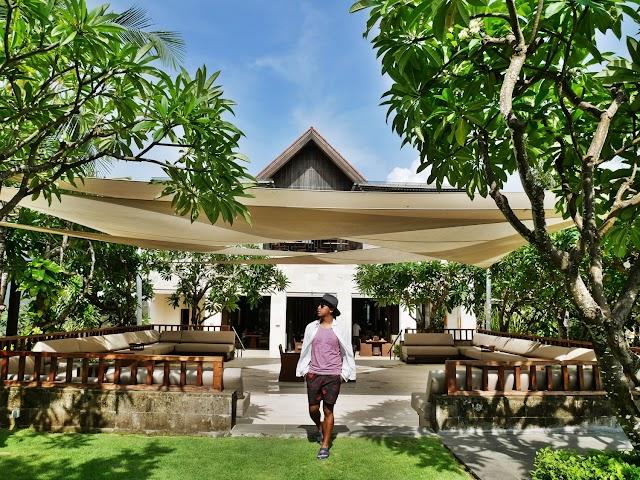 FAIRMONT SANUR BEACH BALI LUXURY HOTEL REVIEW