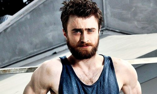 Com isso, os fãs começaram a fazer artes de Daniel Radcliffe, responsável por dar vida a Harry Potter no cinema, como o novo Wolverine. Daniel abraçou a idéia e acha que seria uma boa escolha. O ator brincou durante uma entrevista.