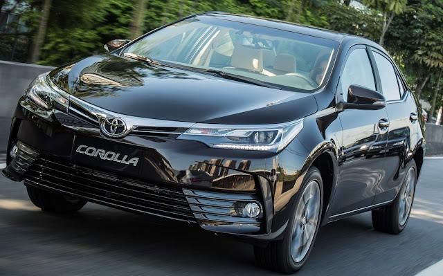 Toyota Corolla Altis - R$ 15.110mais que o C4 Lounge Shine