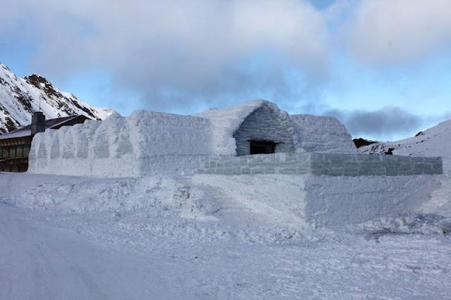 Fără hotel de gheață la Bâlea Lac, din cauza vremii calde