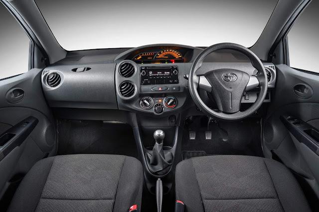 Toyota Etios Sport  2019