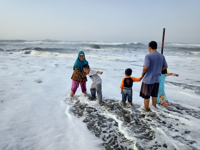 Pantai Jayanti, Ombak Samudra Hindia Yang Serem