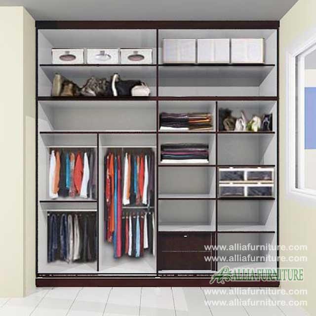 Dalam lemari pakaian minimalis unit harry