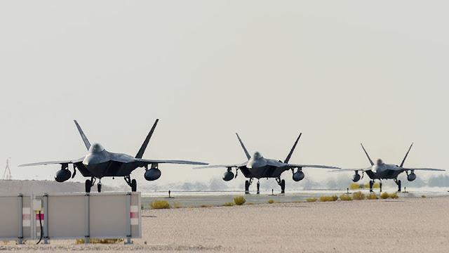 EE.UU. despliega por primera vez sus cazas F-22 en Catar en medio de las tensiones con Irán