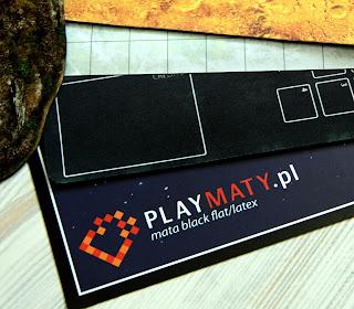 http://planszowki.blogspot.com/2016/04/maty-do-gry-playmatypl-recenzja.html