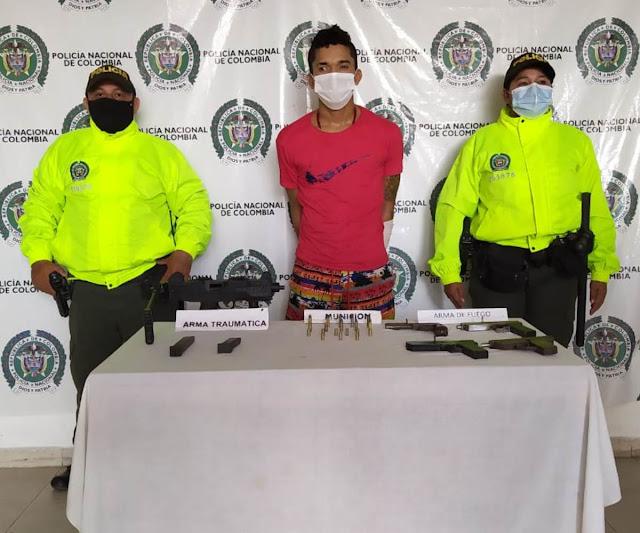 hoyennoticia.com, A alias TAM le encontraron un arsenal en Los Guasimales