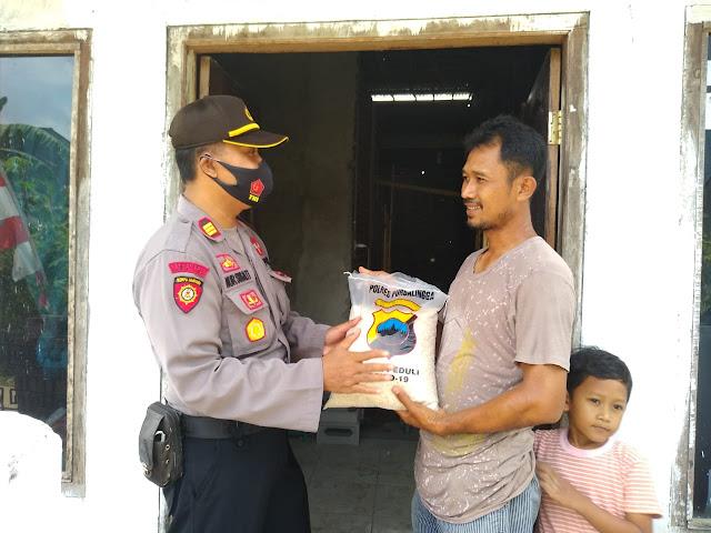 Polsek Purbalingga Salurkan Bantuan Beras Untuk Warga Terdampak Bencana