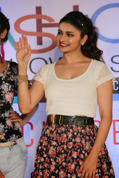 Prachi Desai sexy legs in white dress + other HQ pics