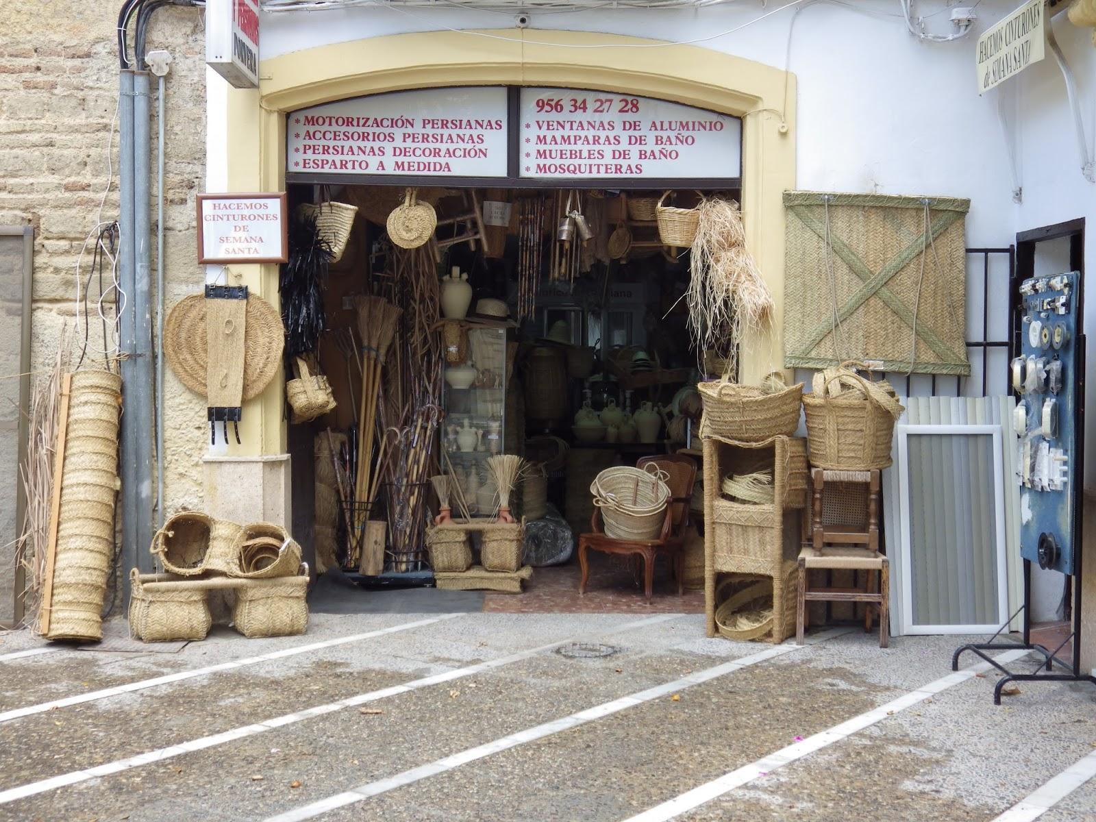 Esparter A Y Persianas Becerra Entrando En La Tienda # Muebles Becerra