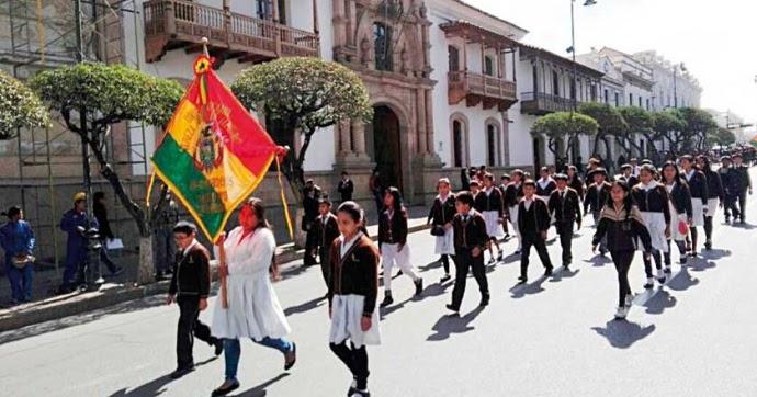 Sucre colegio sim n bol var celebra bodas de oro for Colegio bolivar y freud