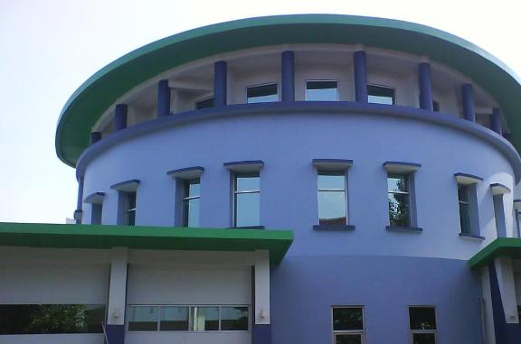 Gedung pusat riset obat dan makanan BPOM di Jakarta
