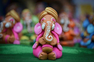 Ganesh-photo-pics-made-from-dust-imgs