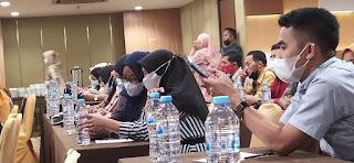 Pemdes Duampanuae Mengikuti Pengelolaan Aset Desa Berbasis Aplikasi Sipades 2.0 Online di Makassar