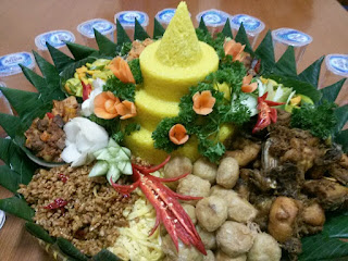 order nasi tumpeng di jakarta 085692092435