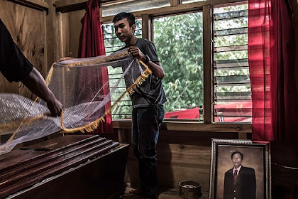 Unique Funeral Traditions in Tana Toraja Indonesia