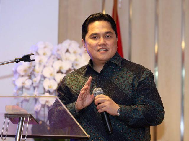 Ini Alasan Karyawan Garuda Indonesia Kirim Bunga Kepada Erick Thohir