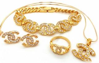 Model Perhiasan Emas Terbaru Yang Bakalan Trend 2019