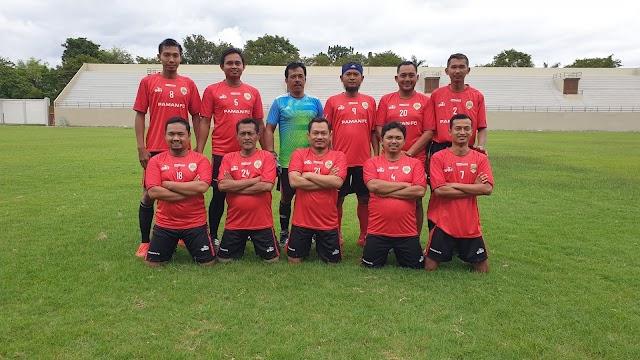 Senior Smart FC Dicukur Trans FC Muda