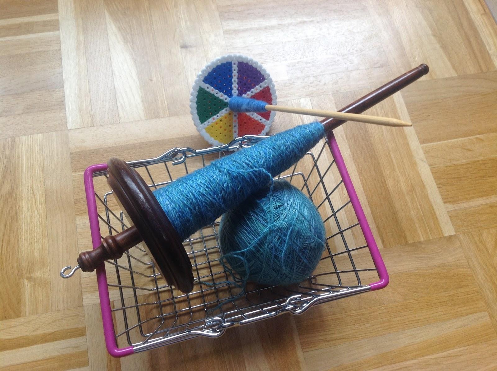 Kromski Handspindel und Spindel aus Bügelperlen